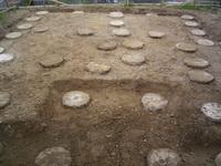 柱状改良後の砕石敷き均し状況1