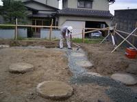 柱状改良後の砕石敷き均し状況2