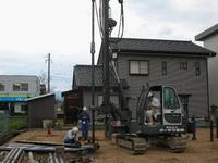 鋼管杭改良の施行の様子1